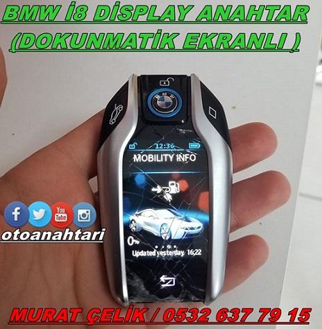 Bmw`nin i8 modeline ait olan dokunmatik ekranlı anahtar